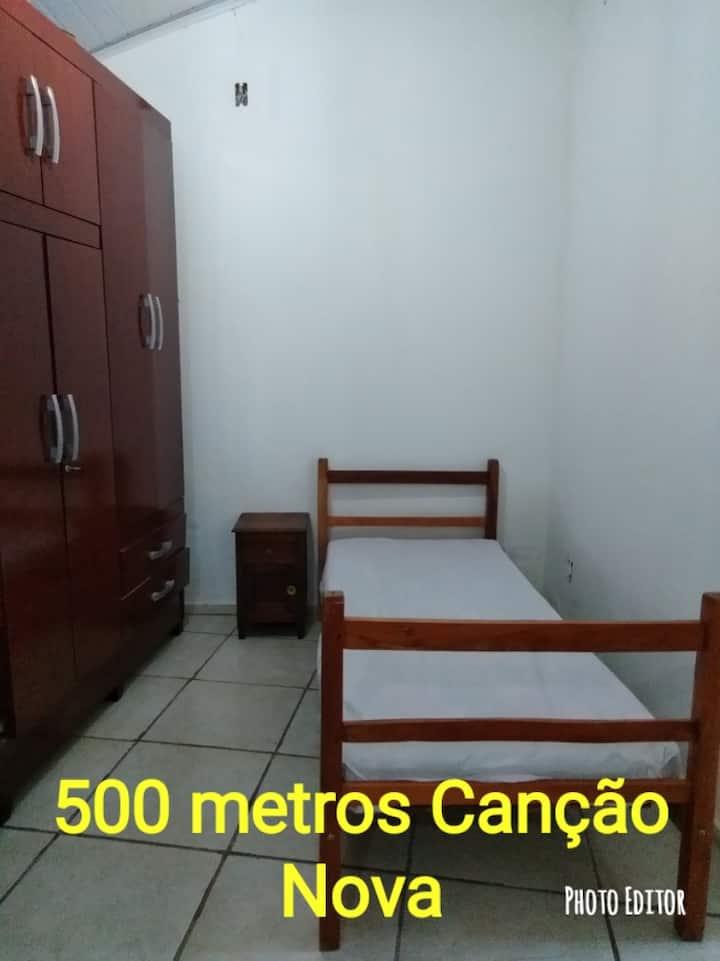 Hospedagem kit net proximo Cancao Nova