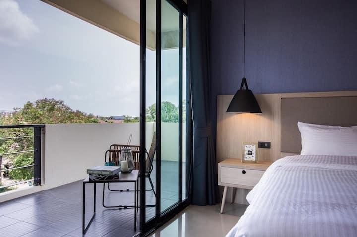 Relaxing 1Bedroom Suite in Great Location.