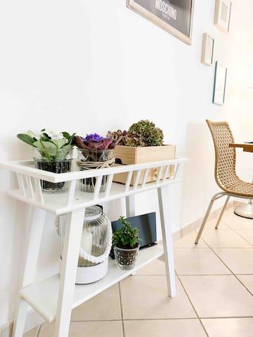 Living room flower corner