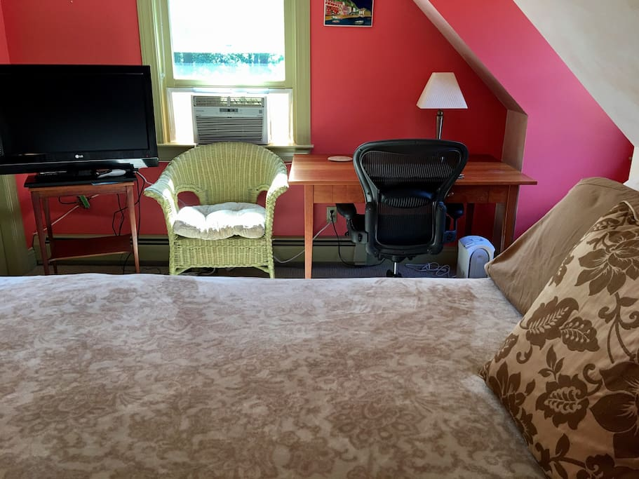 Room For Rent In Amesbury