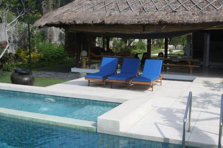 Villa Carpe Diem Lombok - Batu Layar - Villa
