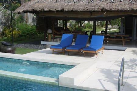 Villa Carpe Diem Lombok - Batu Layar