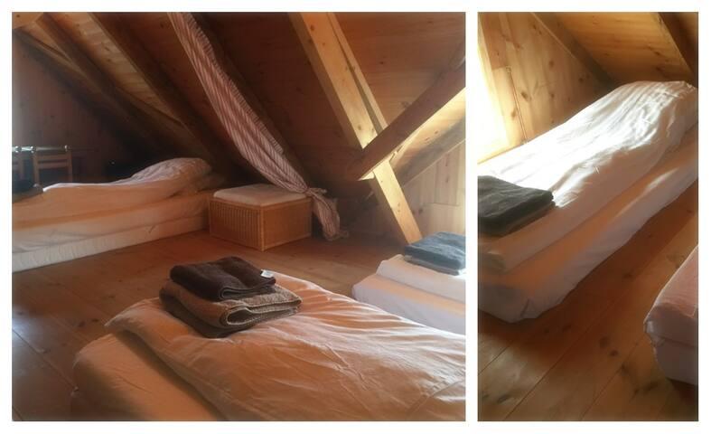The loft - You sleep on mattresses.