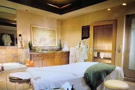 Four Seasons Resort in Scottsdale