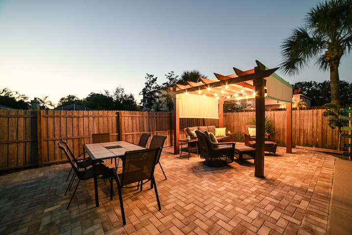 Get More home that is 10-15min from the beach - Largo - House