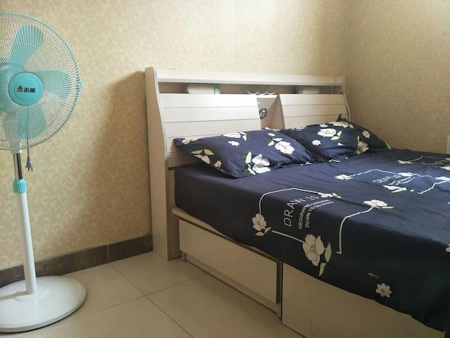 简约的小卧室