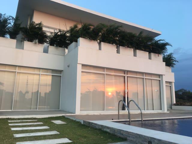 Confortable casa, piscina privada - Santa Marta (Distrito Turístico Cultural E Histórico) - Maison