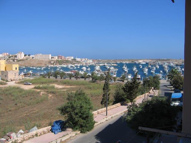 Monovano a due passi dal mare - Lampedusa