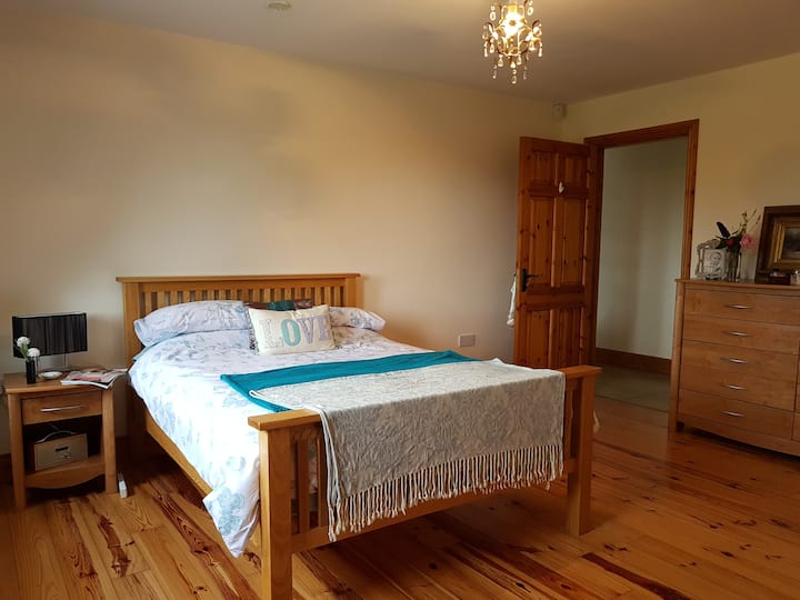 Country residence 10 minutes drive from Killarney