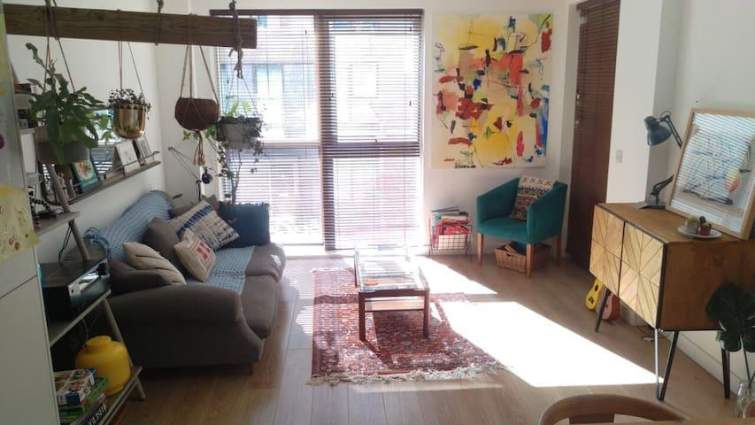 Stylish 2 bedroom apartment with balcony