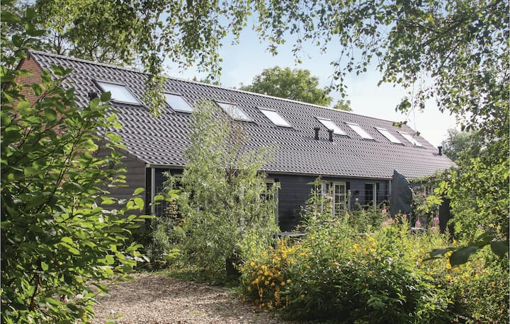 Holiday cottage with 2 bedrooms on 60m² in Groede