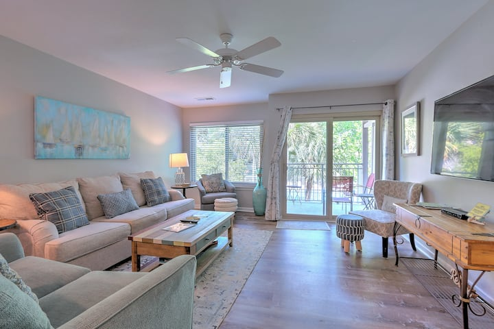 Condo w/ Pools & Tennis Courts - Walk to Beach