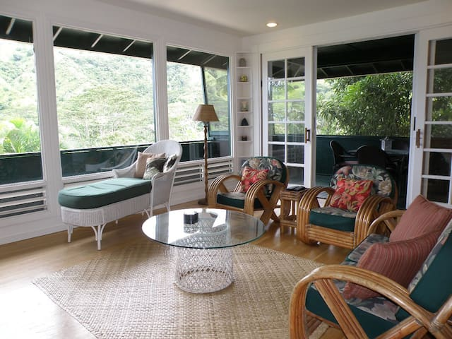 Wainiha Cottage-Amazing Valley Views! - Hanalei - Dům