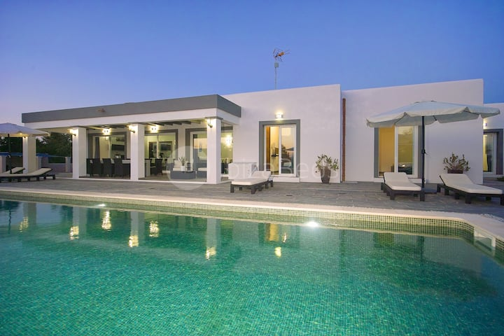Villa Cabana new luxury villa