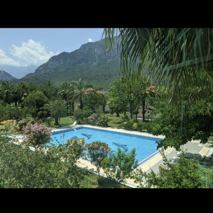 Kemer Lux Villas 3+1 dblx+2 bathroom w/huge garden