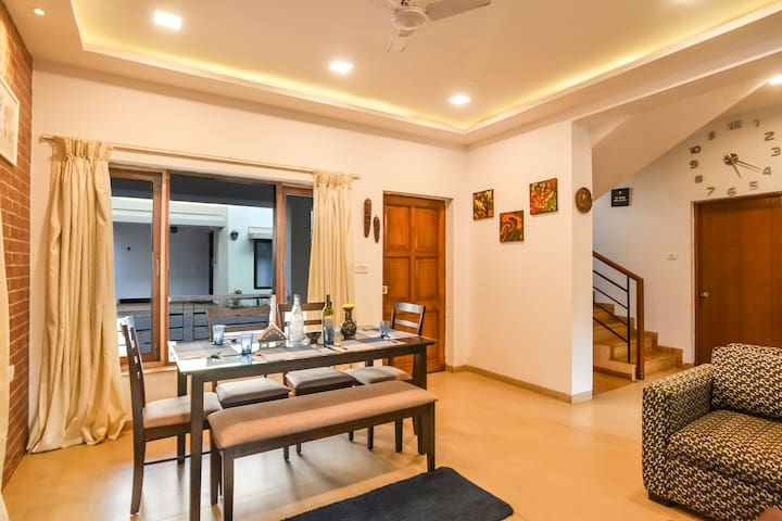 EKO STAY | 3BHK Pool Villa in Main Candolim