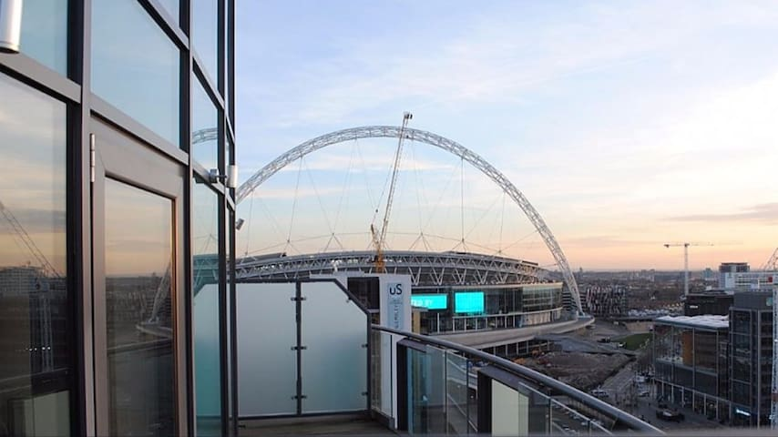 Luxury contempary stylish apartment-Stunning Views - Wembley - Appartement
