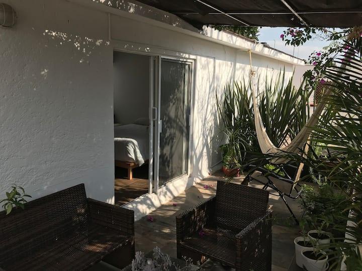 Coyoacan's Beautiful & Quiet Roof Studio w/Terrace