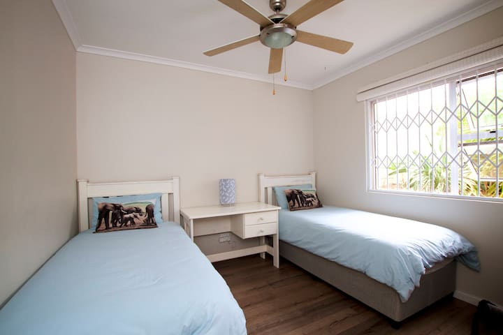 Private Room in Somerset West - Cape Town - Dům