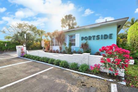 Portside, Unit 9 Waterfront - Palm Beach Shores - Hotel boutique