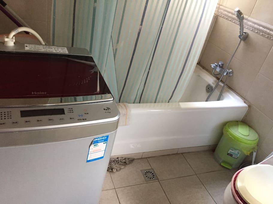卫生间淋浴