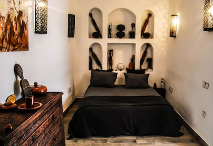 The Hera suite, breakfast & wifi - Marrakech