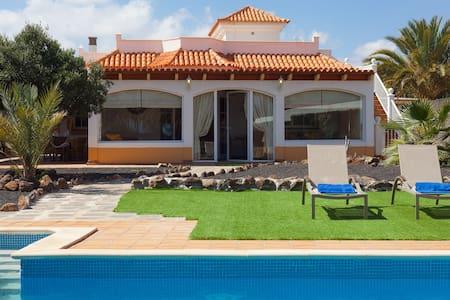 Villa Amelie - Antigua