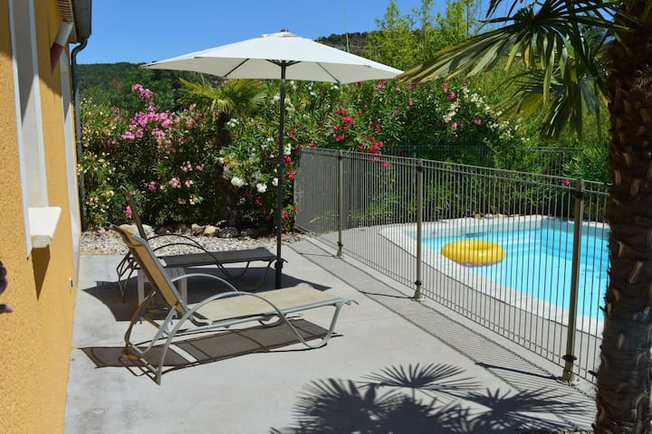 Comfortable villa with private swimming pool and close to the Ardèche River