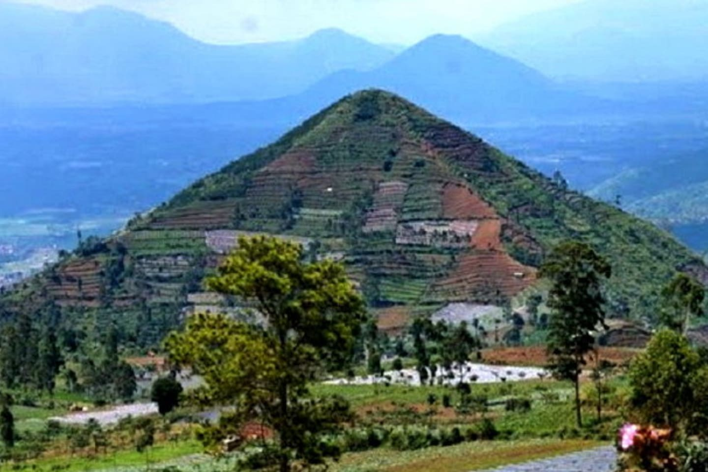 Ancient Site Meghalithicum of Padang Mount,  Prehystoric site