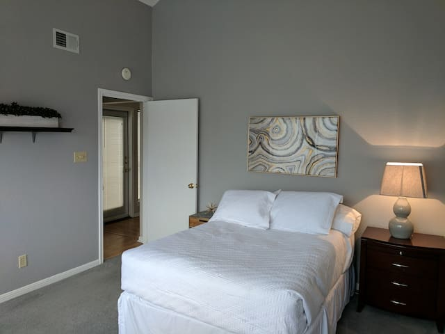 Beautiful Apartment Near UT and Dowtown Austin - Austin - Apartment