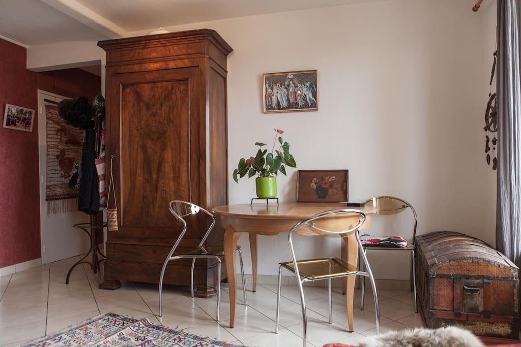 Chambre dans appartement bordeaux appartements louer for Appartement 20m2 bordeaux louer