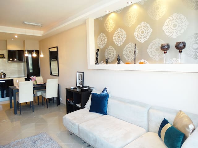 Castle Apartment - BRAND NEW!!!