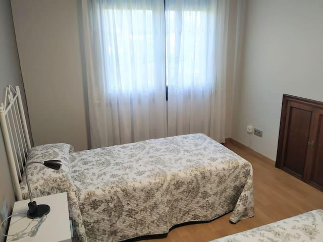 Habitación con camas gemelas