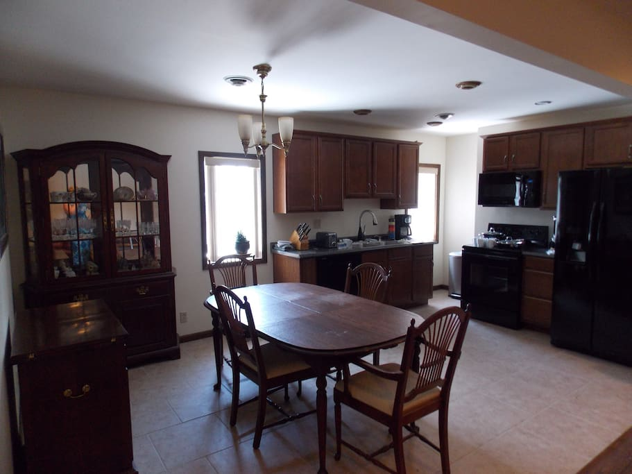 Kitchen with modern appliances/full dining room
