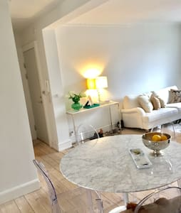 Elegant, bright and cosy flat in central Cph - København - Flat