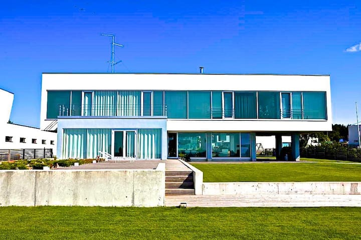 Villa Near The Sea