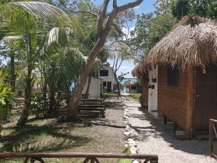 Cabaña con acceso a la laguna de Bacalar 2