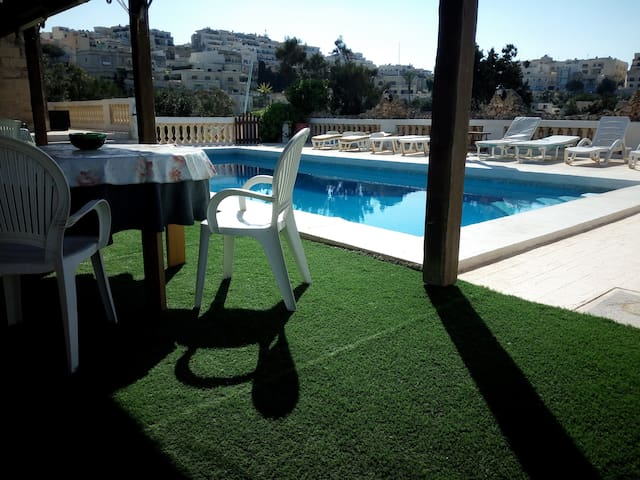 The Haven is within Reach - Il-Mellieħa - Villa
