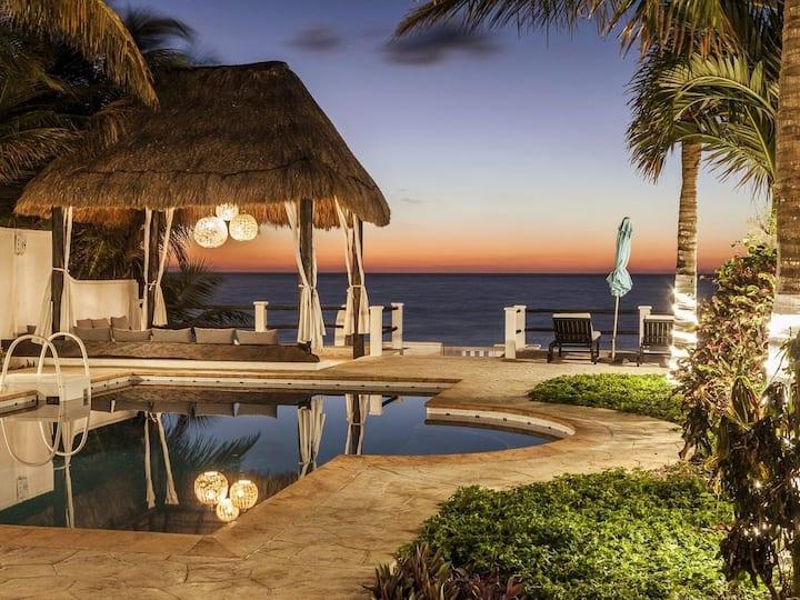 Lavish Oceanfront Villa 5 BDRM