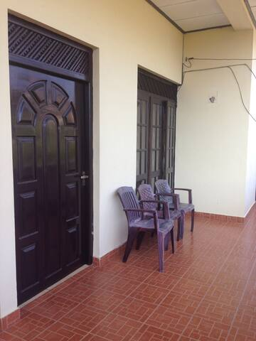 Aponsu Apartment - Dehiwala-Mount Lavinia - Appartement