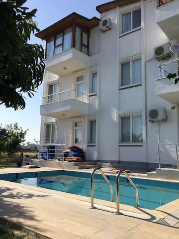 Belek'te Günlük Müstakil Havuzlu Ev - Belek - Appartement