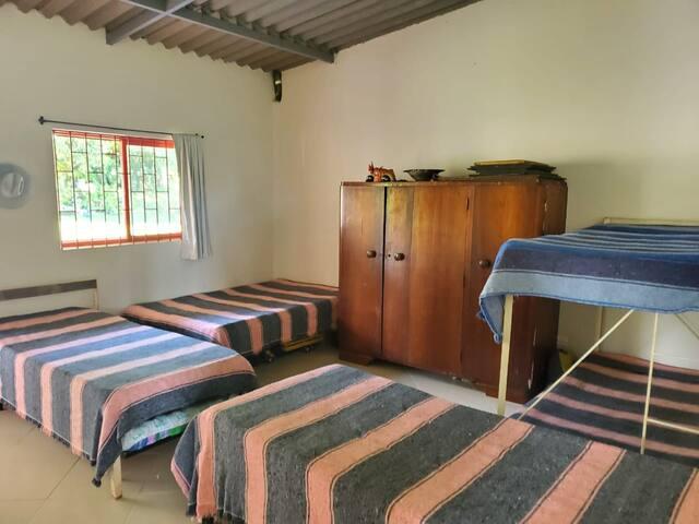 Igumbi lokulala 4