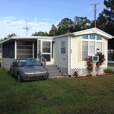 Park Model Mobile home in 55+ RV resort