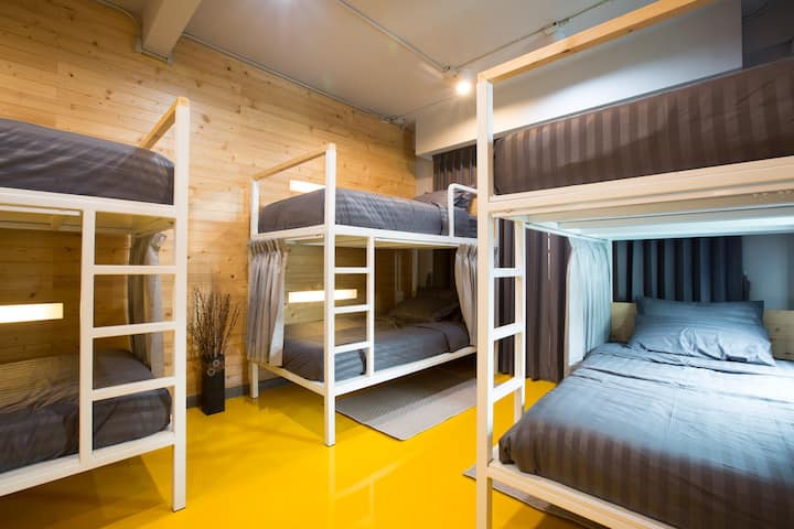PAMAhouse : Mix Dorm (6 beds) with personal locker