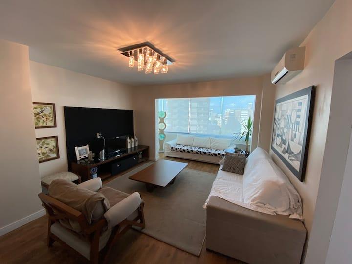 Apartamento confortável junto ao Maria Fumaça.