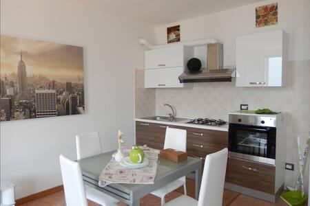 GARZENO - Lake Como - studio apartment with breathtaking lake view - Dorio - Apartment
