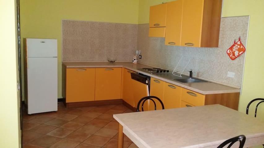 Comodo appartamento monolocale tra Cento e Ferrara - Cento - Apartemen