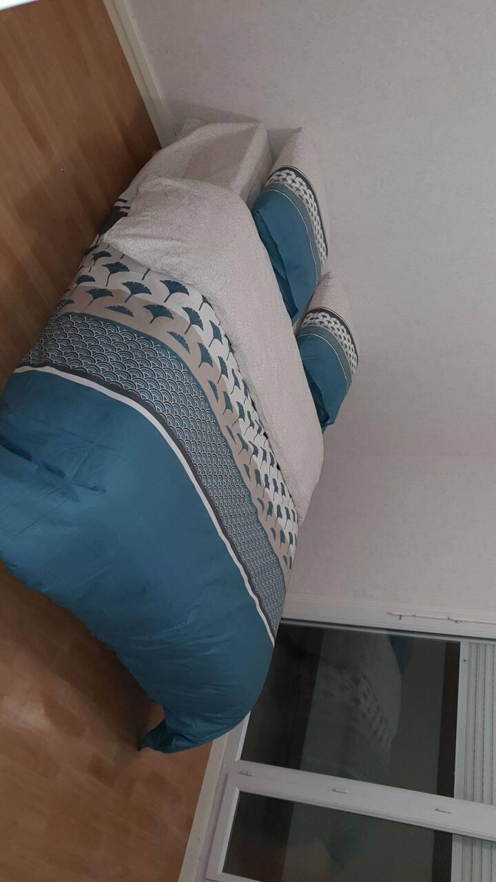 Chambre privée dans T4 bien équipé propre  confort