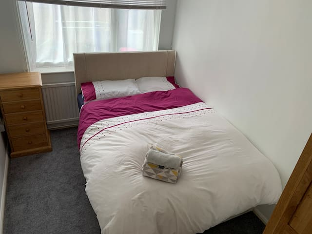 Private room 1.5miles of Norwich train station