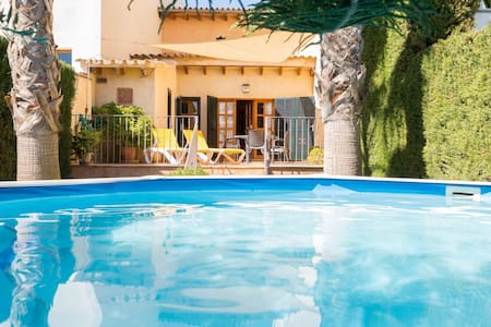 Can Olivera. Beautiful house with pool in Llubí.